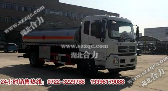 东风天锦运油车(国五)