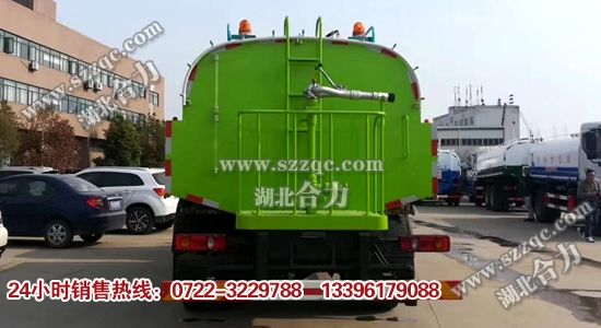 东风天锦清洗车
