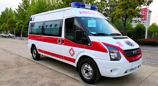 全顺V348救护车